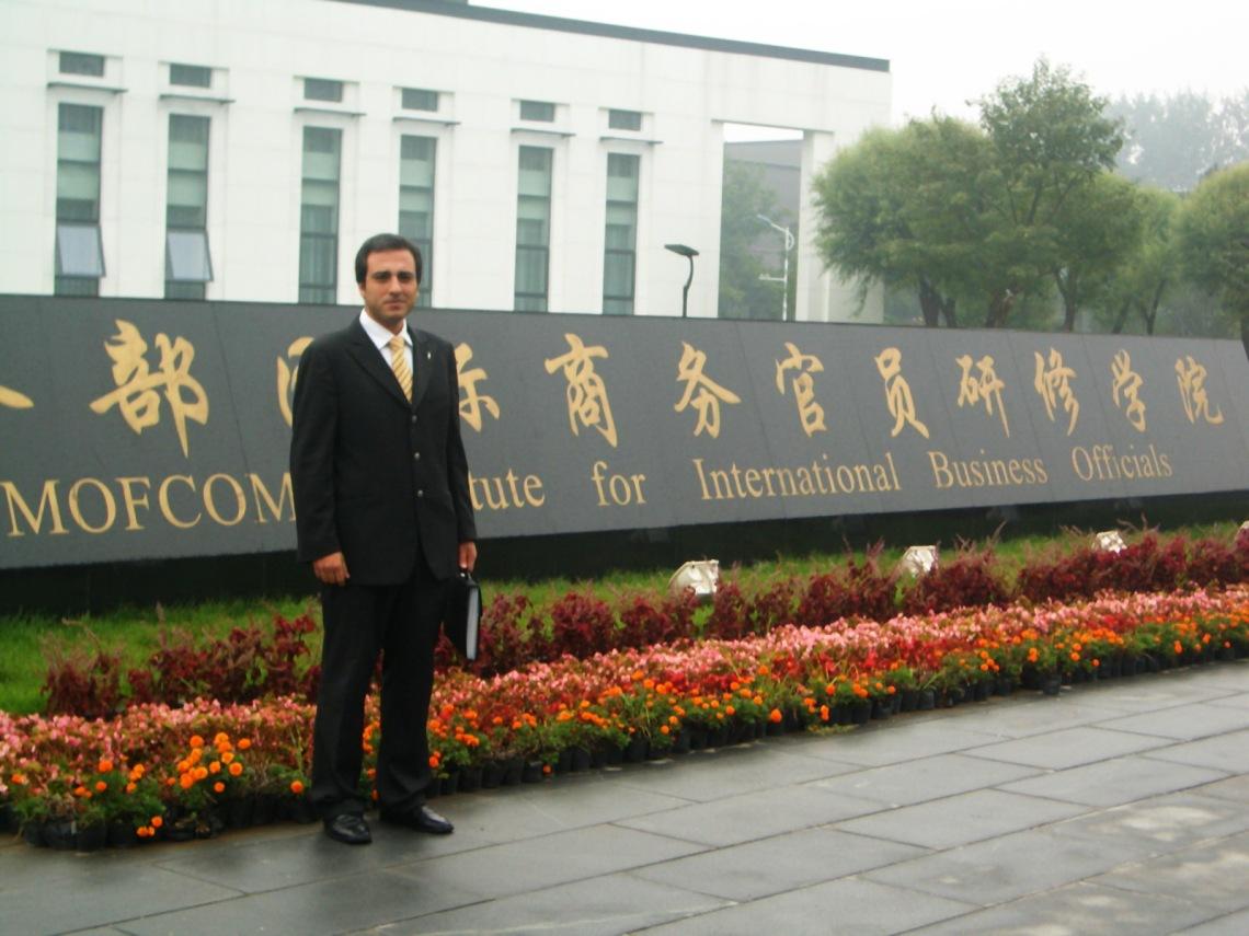 Oscar Martinez, en el Centro de Entrenamiento y capacitacion en Beijing