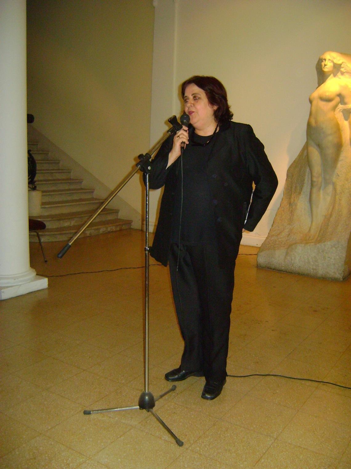 La ministra de Innovacion y Cultura, M.A.González