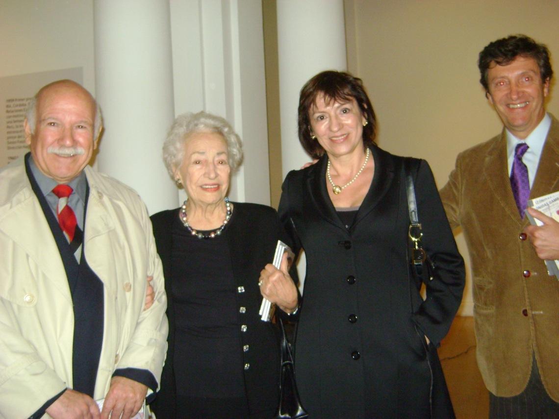 Ruben Martínez Ledesma,Beatriz Obeid de Gambartes,Betty y Leonidas Gambartes (hijos)
