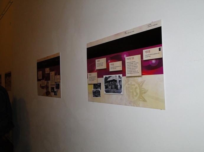 Modernas infografías forman parte del recorrido del museo.