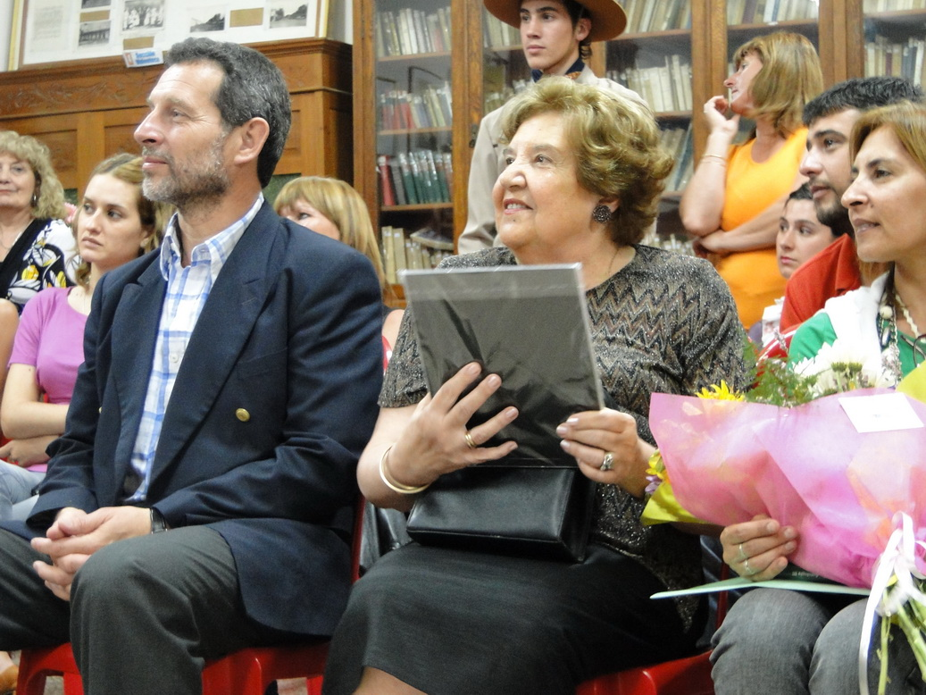 Marcelo Mauro, junto a Hilda Bugna.