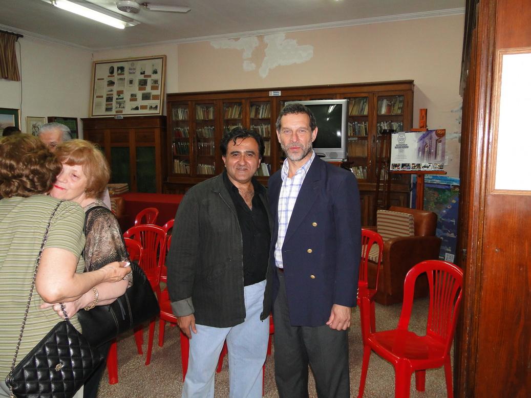 Luz de ciudad junto a Marcelo Mauro, Intendente de San Justo