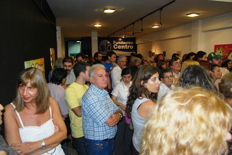 Numeroso público presente en la cita