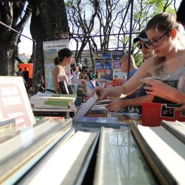 feria-libro-usado-daniel-otero-luzdeciudad-jardindelicias-innovasantafe_012